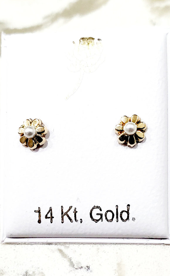 14 KT Baby Pearl bead daisy screw back earrings