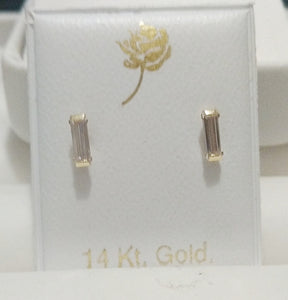 14 KT Teen Baguette gold screw back earrings