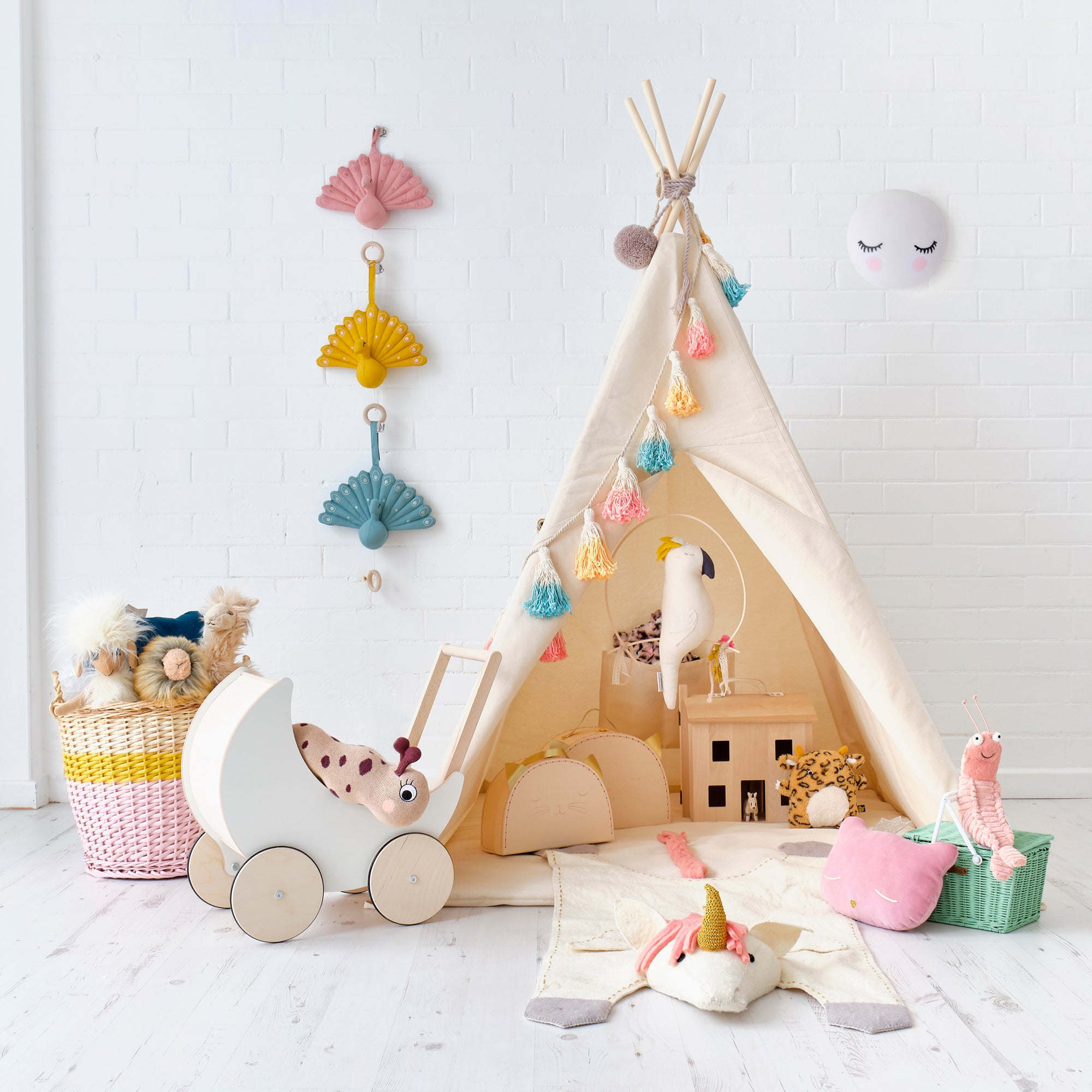 Children's Teepee Tent and Toys, by Bobby Rabbit.