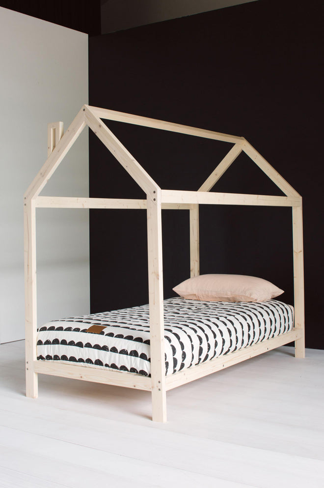 'House' bed (image sourced on Insideout.com), published by Bobby Rabbit