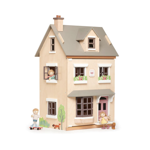 Foxtail Villa Dolls House by Tenderleaf Toys, available at Bobby Rabbit. Free UK Delivery over £75