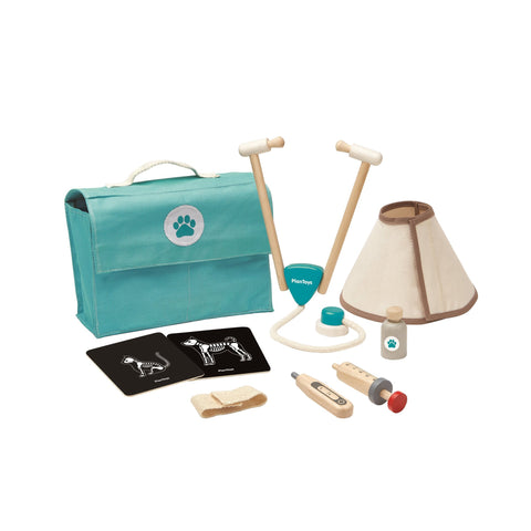 Vet Set by Plantoys, available at Bobby Rabbit.