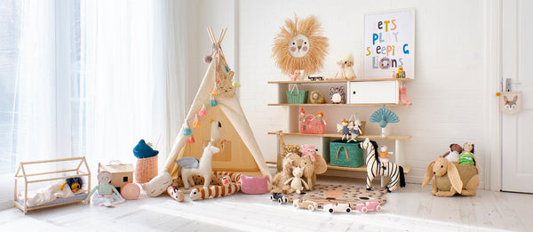 FANCY A GAME OF HIDE AND SEEK? STEP INSIDE OUT JUNGLE-TASTIC BEDTIME STORY AND SHOP THE LOOK!