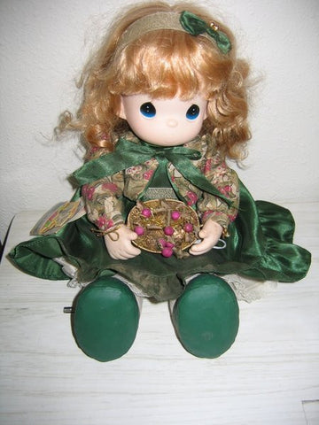 "Precious Moments Doll ""Winter Whitney"""