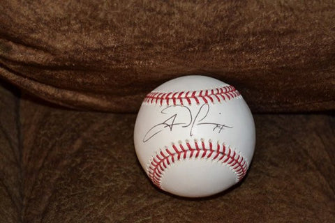 San Francisco Giants Autographed baseball by Fred Lewis