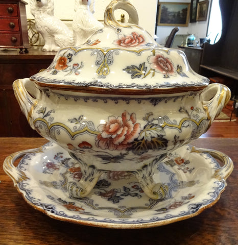Soup Tureen with Underplate