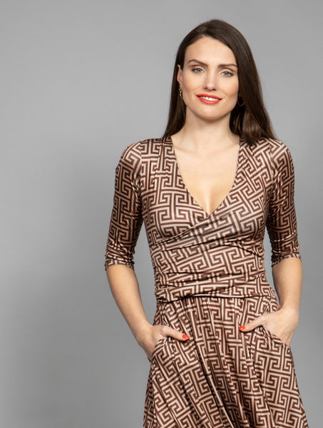 Marivie Nice! Dress graphic brown
