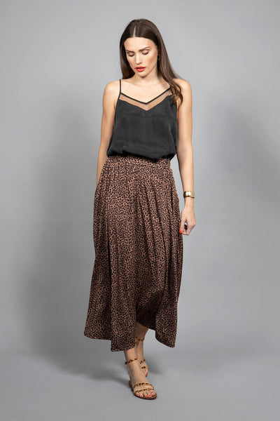 Marivie Shake it! Long Skirt leo dots camel