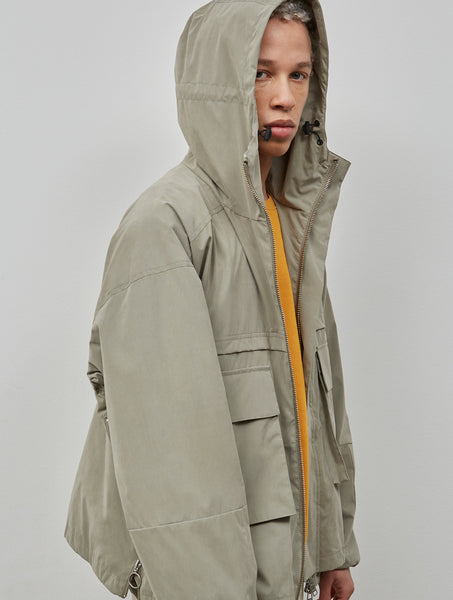 Embassy of Bricks and Logs M's Nybyn Utility Jacket pale olive