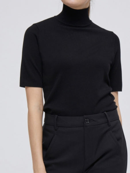Minus Lima Roll Neck knitted Short Sleeve Pullover black