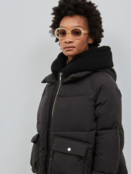 Embassy of Bricks and Logs Leicester W's Short Puffer Jacket black