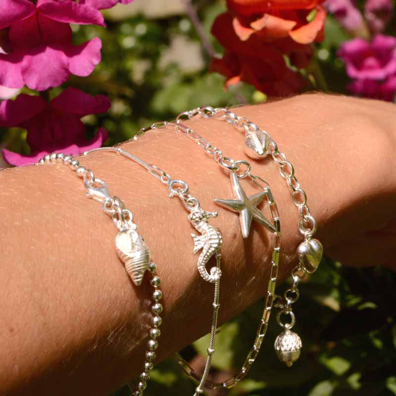 How to Design the Perfect Charm Bracelet