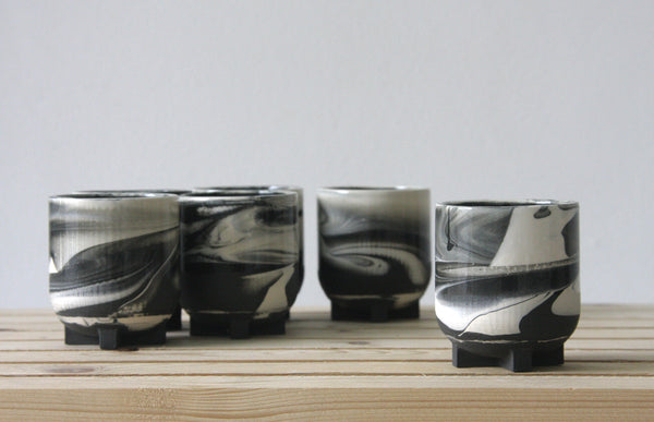 Plus- ceramic espresso cups in marbled look
