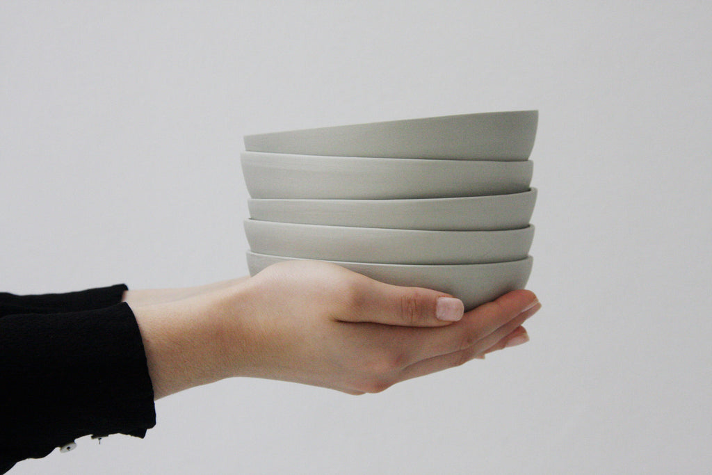 SAM- Ceramic plate in gray
