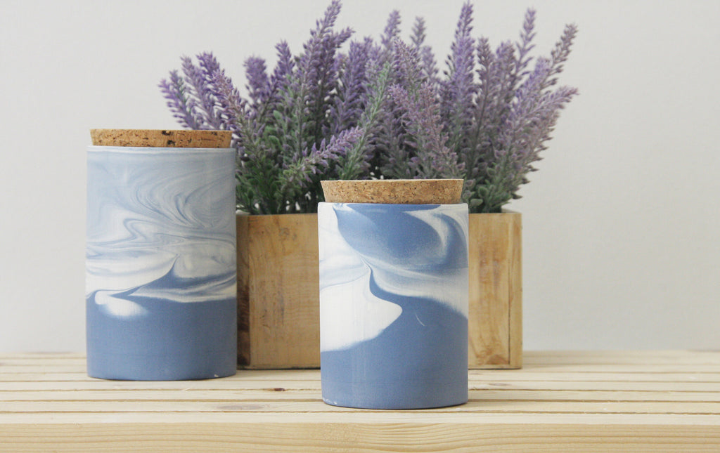 MAX- Ceramic jar in blue and white marbled pattern