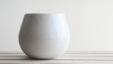 THELMA - Ceramic bowl in gray or white with clear glossy glaze