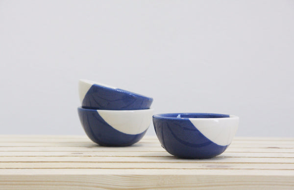 TRIO - Set of 3 small bowls in blue and white