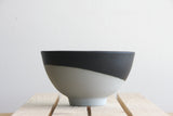 LILI - Ceramic bowl in gray with black matte glaze