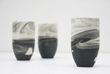 Ori - Ceramic tumbler in black and white marble