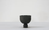 Mia-  Modern ceramic planter in black- Short