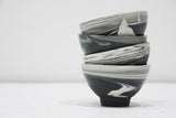 Ella - Ceramic bowl in black and white marble pattern