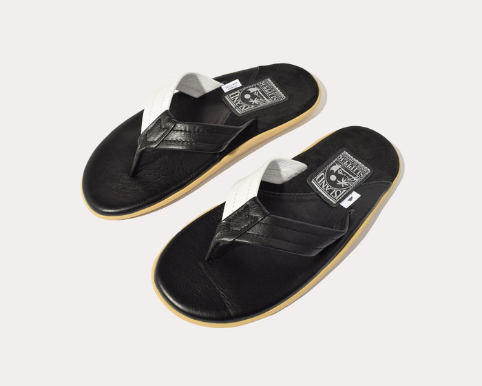 Slippers - Island Slipper x Salvage Public - Black & White