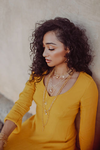 Illuminated Light Gold Necklace