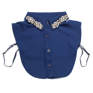 Holly Collar Bib