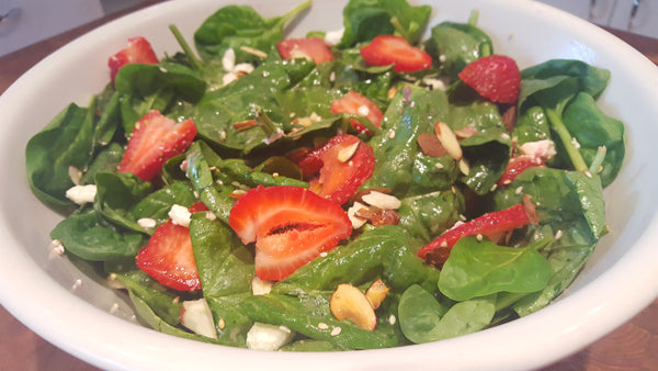 Spinach & Strawberry Summer Salad Recipe