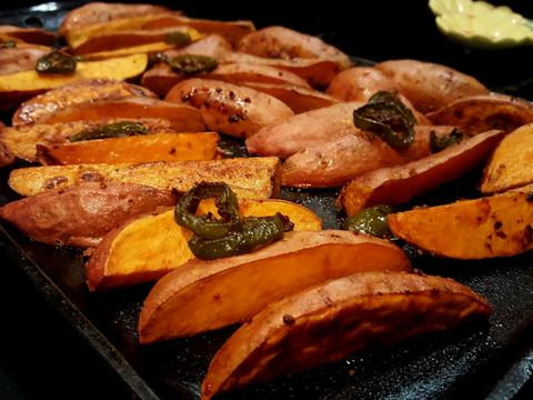 Roasted Jalapeño Molasses Sweet Potatoes