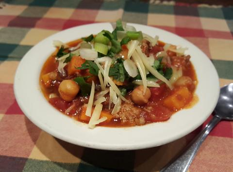 Slow Cooked Chili w/ Sweet Potato, Lentils & Chickpeas