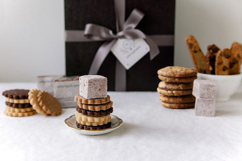 Deluxe Cookie Gift Box & Cookie Gift Boxes | Gourmet cookie gifts | Corporate gifts | S ... Aboutintivar.Com