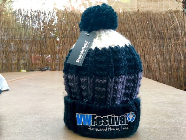 Quality knitted bobble hat BLUE
