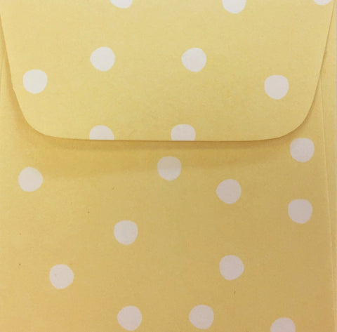 Banana Cream Dots Doodle Tag Envelope - Set of 4