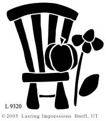 L9320 - CHAIR W/PUMPKIN