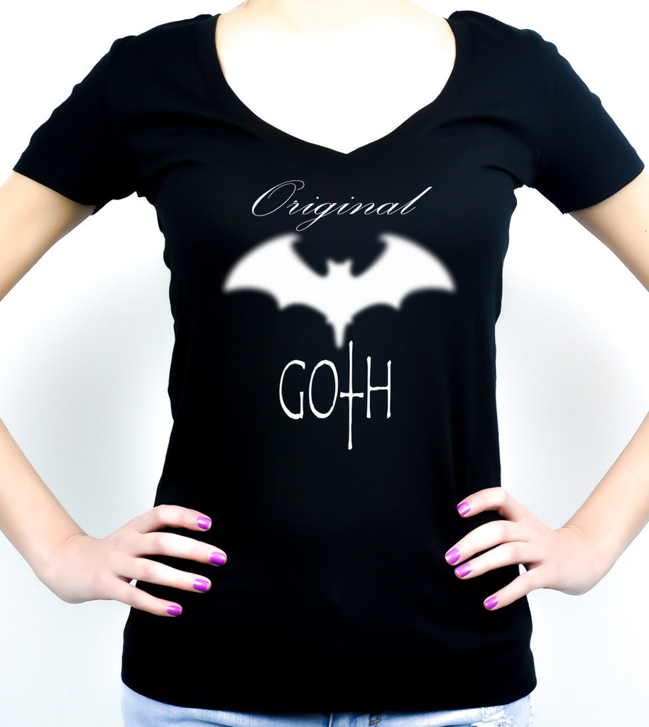 Original Goth Blurred Bat Women's V-Neck Shirt / Top