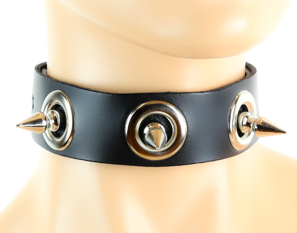"Large Eyelet Fauceted Spike 1"" Choker Alternative Collar"