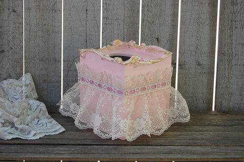 Shabby chic tissue cover