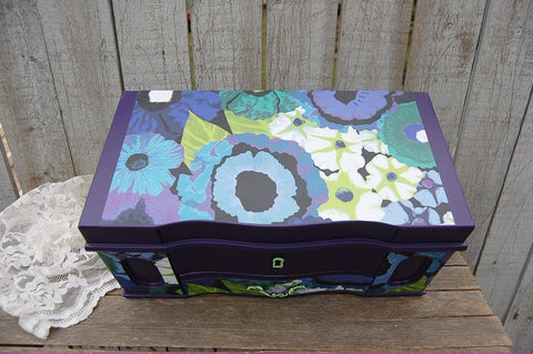Purple and green jewelry box