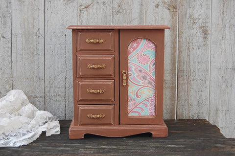 Pink & brown jewelry box - The Vintage Artistry