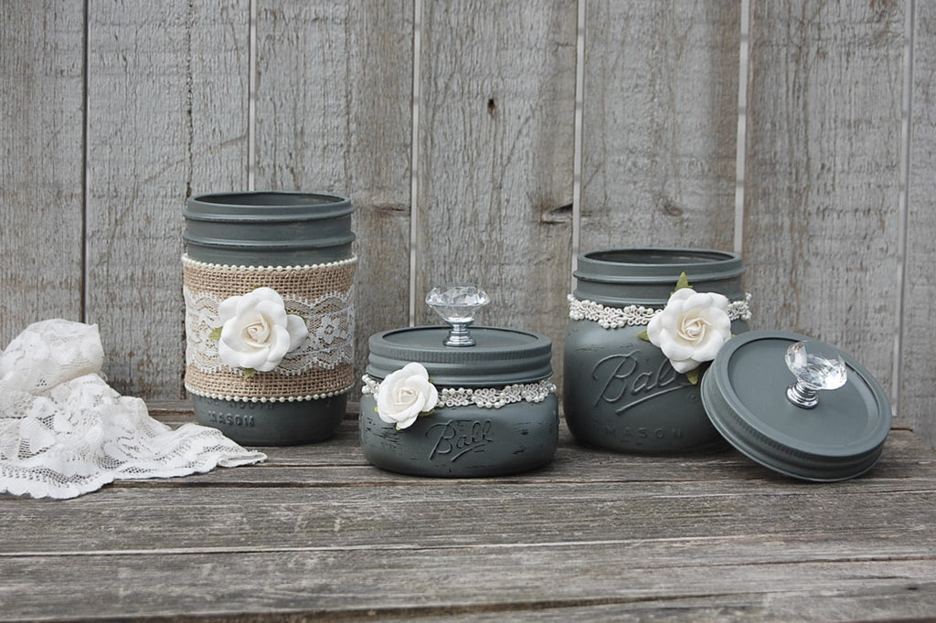 Grey dresser jar set