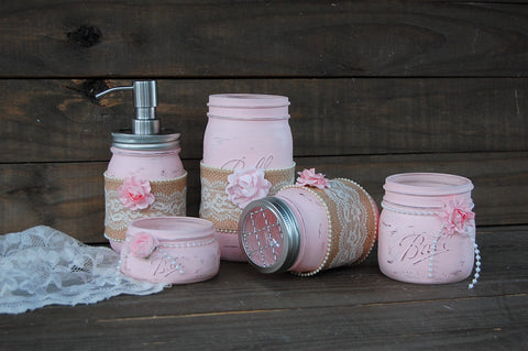 Shabby chic bath set