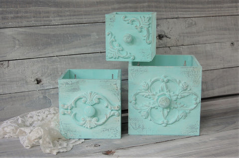 Mint wall boxes