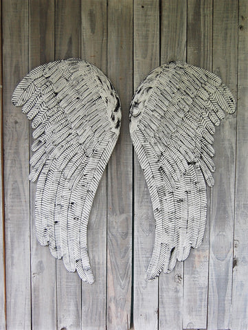 White & black angel wings