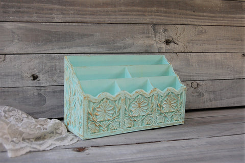 Mint & gold organizer