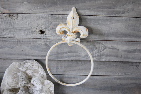 White & gold towel ring