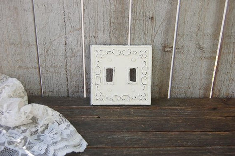 Distressed ivory double wall plate - The Vintage Artistry
