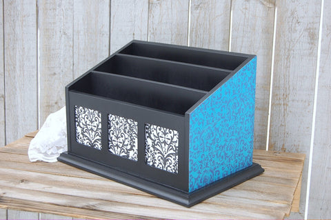 Turquoise & black organizer with photo holders
