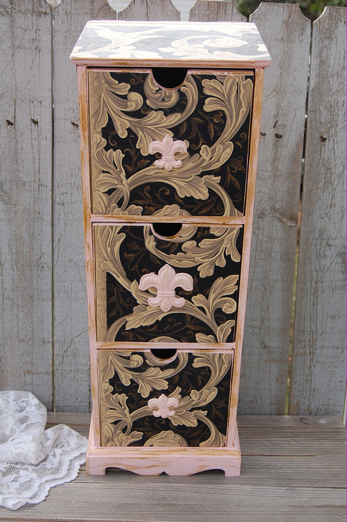 French Shabby Chic Cabinet The Vintage Artistry