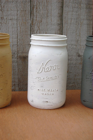 Painted and distressed mason jars - The Vintage Artistry